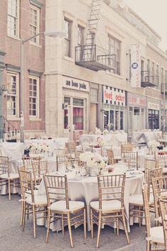 gold chiavari chairs, white linens