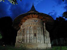 manastirea-voronet-fatada