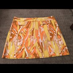 J crew skirt size 8 J crew skirt size 8, retro colors ...26 1/2 inches long... Like new condition J. Crew Skirts Mini