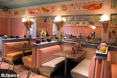 Beaches & Cream Soda Shop - The Beach Club Ice Cream Van, Ice Cream Parlor, Cream Soda, Cafe Interior, Shop Interior Design, Milk Shakes, Milkshake Shop, Old Fashioned Ice Cream, Beach Club Resort