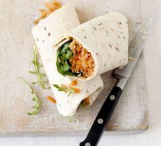 Carrot & hummus roll-ups Hummus Möhren Wrap Healthy Hummus, Healthy Vegan Snacks, Healthy Snacks For Kids, Healthy Eating, Healthy Recipes, Healthy Dishes, Easy Recipes, Bbc Good Food Recipes, Veggie Recipes