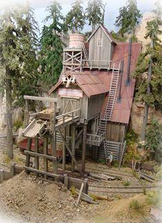 Charging Moose Railroad .... Still more Inspiration