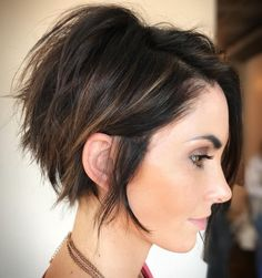 10 Pixie Haircut Inspiration, Latest Short Hair Styles for Women 2019 - Frisuren Tutorials - Frisuren Short Hair Trends, Short Hair Styles Easy, Short Hair With Layers, Curly Hair Styles, Hair Trends 2018, Short Hair Cuts For Women With Round Faces, Bob With Side Fringe, Hair For Women Over 50, Short Hair Over 50
