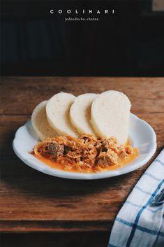 Domáca parená knedľa a segedín - Coolinári Cereal, Breakfast, Blog, Basket, Meat, Morning Coffee, Blogging, Breakfast Cereal, Corn Flakes