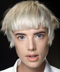 Ideas Hair Color Crazy Articles For 2019 Platinum Blonde Hair Color, Blonde Color, Short Grey Hair, Short Hair Styles, Badass Haircut, High Fashion Hair, Loose Waves Hair, Hair Knot, Bad Hair