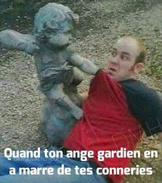 See this awesome but funny angel meme collection that's guaranteed to make you laugh hard. Quad, Fun With Statues, Funny Images, Funny Pictures, Hilarious Photos, Videos Funny, Brave, Angel Meme, Your Guardian Angel