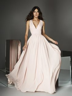 From pale pink to dusty rose, be a blushing bride in any of these stunning pink wedding gowns and dresses A Line Prom Dresses, Grad Dresses, Evening Dresses, Bridesmaid Dresses, Party Dresses, Rose Gold Wedding Dress, Pink Wedding Gowns, Soft Pink Dress, Pink Chiffon Dress