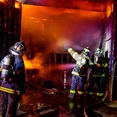 FIREWIPES.COM  @firewipes -  If you're making smart and educated choices about going in then why wouldn't you do the same after coming out? Do the right thing and protect yourself. @csmeadphotography #firewipes #wipedowntherisk #iaff #nfff #firefightercancersupportnetwork #BeatFFCancer #cancersucks #chiefmiller