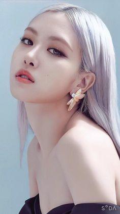 Foto Rose, Rose And Rosie, Rose Bonbon, Kim Jisoo, Black Pink Kpop, Blackpink Photos, Blackpink Fashion, Jennie Blackpink, Korean Beauty