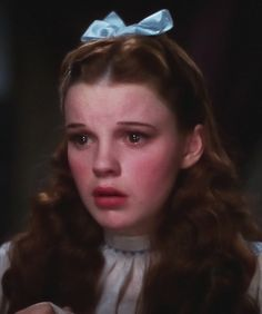 Judy Garland-Wizard of Oz, 1939.   If you are going to cry girls, make sure you do it this way!!!