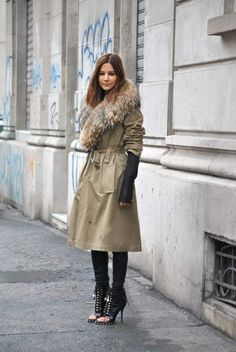 The Stylish Christine Centenera in neutral coat Street Style #pfw Paris #Fashion Week