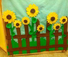 Frozen, Alice, Crafts For Children, Creative Crafts, Sunflower Birthday Cakes, Sunflower Party, Cute Aprons, Elementary Art, Autumn