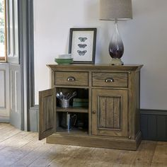 Our Manor House sideboard's decorative dowelling and darker-oak finish will turn your home into a heavenly haven. Tap the link in our bio to shop. #sideboard #kitchenfurniture #livingrooms #hallways #interior2all