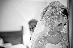 Gorgeous Indian wedding veil