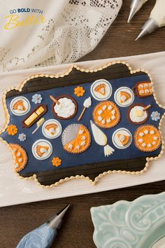 Thanksgiving isn't complete without a dessert table! SweetAmbs shows us how to make a cute cookie using real butter. Holiday Cookie Recipes, Holiday Cookies, Cookie Pie, Cookie Dough, Cute Cookies, Sugar Cookies, Royal Icing Sugar, Yellow Food Coloring, Pie Plate