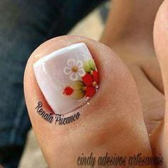 #unhasdasemana #unhasdecoradas Cute Toe Nails, Cute Toes, Toe Nail Art, Pretty Nails, Pedicure Designs, Toe Nail Designs, Queen Nails, Bling Nails, Mani Pedi