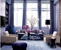 Jessica Stam's purple living room - Elle Decor Interior Exterior, Room Interior, Purple Curtains, Purple Walls, Purple Hues, Purple Accents, Purple Gray, Soft Purple, Living Room Ideas