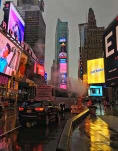 Times Square as Bladerunner Night Aesthetic, City Aesthetic, Travel Aesthetic, New York Life, Nyc Life, Art It, City Vibe, Night Vibes, City Wallpaper