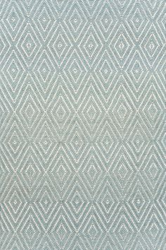 Dash & Albert | Diamond Light Blue/Ivory Indoor/Outdoor Rug | A rug for all seasons.  Made of superheroic polypropylene, our indoor/outdoor area rugs are terrific for high-traffic areas and muddy messes. Scrubbable, bleachable and UV-treated for outdoor use, this collection of woven rugs can stand up to all that you dish out.