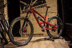 YT Capra 2016 CF Pro Race Red (1800×1200)