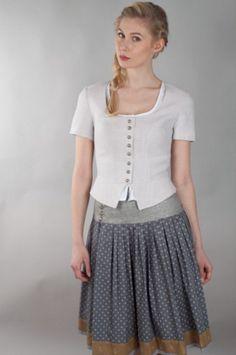 Der neueste Trachten-Trend: knielange Röcke. Hier wunderschön von der Rockmacherin