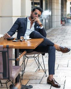 "yourlookbookmen: ""Mens Look Most popular fashion blog for Men - Men's LookBook ® "" Mens Fashion Online, Style Guides, Winter Hats, Winter Fashion, Men, Winter"