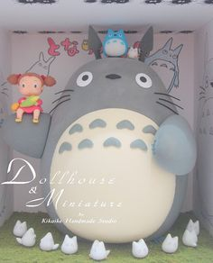 I love the blush pink bride with gray groom totoros. Studio Ghibli, Anime Cake, Kawaii Cooking, Its My Bday, My Neighbor Totoro, Otaku, Hayao Miyazaki, Cute Cakes, Cute Food