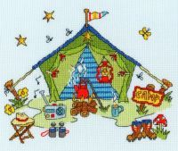 Sew Dinky Cottage (XSD9) Cross stitch kit designed by Amanda Loverseed for Bothy Threads. Similar in style to her popular 'Cut Thru' range but alot quicker to complete. This one features a little cottage with a 'Home Sweet Home' sign outside. Contents: 14 count light blue aida, stranded cottons, chart, needle and full instructions. Size: 20cm x 15cm.