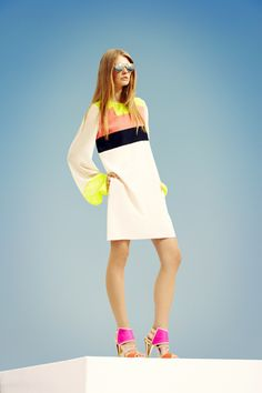 SWOON: the colors and sleeves OMG BCBG Max Azria Resort 2013