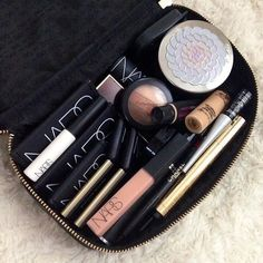 You're 'perfect' face (whatever is natural for you) should fit in this size case.