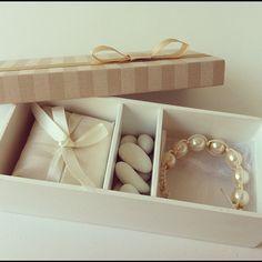 Me encantei por essa lembrancinha lindaaaaaa da Bow Box! Ela se chama Shambala (pois é, lembrancinha luxo tem até nome...
