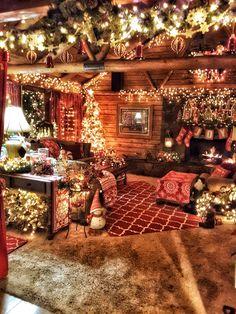 Debra's cabin for Christmas Cabin Christmas Decor, Christmas Interiors, Christmas Town, Christmas Scenes, Country Christmas, Winter Christmas, Vintage Christmas, Theme Noel, Christmas Aesthetic