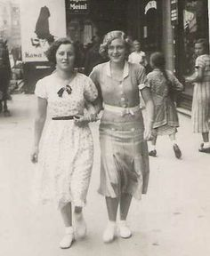 1930s young women | Young Teenage Girl in the 1930's | Publish with Glogster!