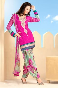 Pink Crepe Punjabi Salwar Suit with Dupatta Designer Anarkali Dresses, Pakistani Dresses, Indian Dresses, Salwar Kameez Online Shopping, Suits Online Shopping, Punjabi Suits, Salwar Suits, Casual Saree, Patiala Salwar
