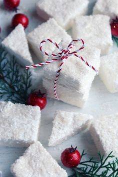 Icy Winter Marshmallows (1) From: Icing Designs Online, please visit
