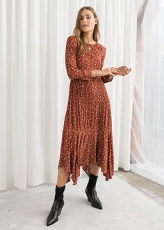 Long Sleeve Ruffle Tier Midi Dress - Dot Print - Midi dresses - & Other Stories 2019 Purple Quality Water Soluble Embroidery Lace Fabric Modest Dresses, Fall Dresses, Nice Dresses, Casual Dresses, Summer Dresses, Awesome Dresses, Modest Clothing, Dresses With Sleeves, Casual Midi Dress