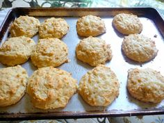 SPLENDID LOW-CARBING          BY JENNIFER ELOFF: MOZZARELLA CHEESE BISCUITS