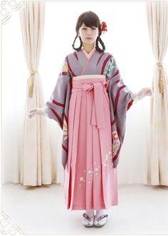 Yumedori Antique Kimono 夢鳥アンティーク着物Yume honoka 夢ほのか (Subtle dream) - 2014      Source : beppin-hakama