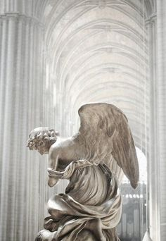 This is NOT the Winged Victory of Samothrace. The Winged Victory stands tall & triumphant at the top of the Louvre's staircase. This angel is bowed. Statue Ange, Winged Victory Of Samothrace, I Believe In Angels, Angels Among Us, Aesthetic Art, Aesthetic Statue, Angel Aesthetic, Aesthetic Wallpapers, Angeles