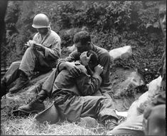 So touching - WW1 photo