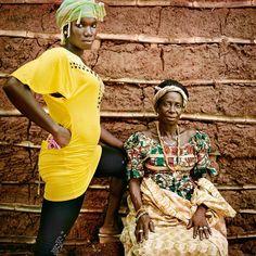 Ghana: estado de buena esperanza | Fotogalería | Internacional | EL PAÍS Ghana, Kimono Top, Sari, African, Couture, Tops, Women, Fashion, Templates