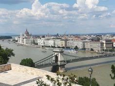 Budapest, Louvre, Mansions, House Styles, Building, Travel, Home Decor, Viajes, Decoration Home