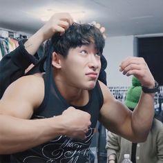 Pretty Men, Gorgeous Men, Strongest Man On Earth, Monsta X Hyungwon, Young Avengers, Won Ho, Cameron Boyce, Meme Faces, Asian Men