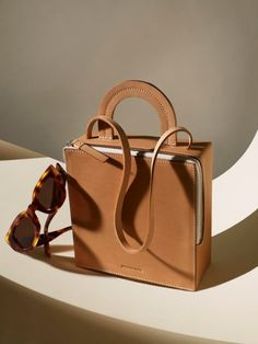 Next / New York / Katrina Rozeville - Still Life Stylist Fashion Handbags, Purses And Handbags, Fashion Bags, Leather Handbags, Leather Bags, Luxury Purses, Luxury Bags, Photography Bags, Sacs Design