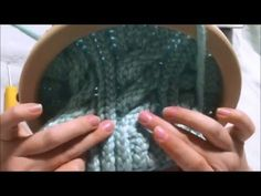 How to Loom Knit a 6 Stitch Right Cable Cross