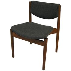 1960s Finn Juhl Model 197 Teak Dining Chair, Denmark | From a unique collection of antique and modern dining room chairs at https://www.1stdibs.com/furniture/seating/dining-room-chairs/