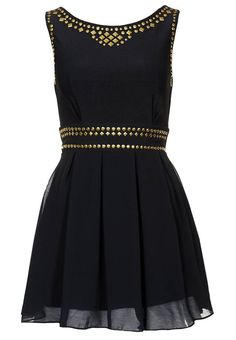 gold and black. i would love to have a nice black dress. by vicky Fashion Mode, Look Fashion, Fashion Beauty, Womens Fashion, Fashion Shoes, Girl Fashion, Pretty Dresses, Beautiful Dresses, Mein Style