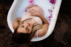 If there is one thing most people know about me in general, but especially about me as a photographer, it is that I like to not only have lots of options in things I do but offer lots of options!! I have been absolutely been loving working with all the expecting mommies that have recently been coming my way. #maternityphotos #milkbath #pregnant #pregnancyphotos Moon Photography, Photography Tips, Pregnancy Tips, Pregnancy Photos, Family Photos, My Photos, Family Photo Colors, What Should I Wear, Postpartum Care
