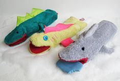 Washcloth Hand Puppets - So You Think You're Crafty http://www.soyouthinkyourecrafty.com/washcloth-hand-puppets_23/