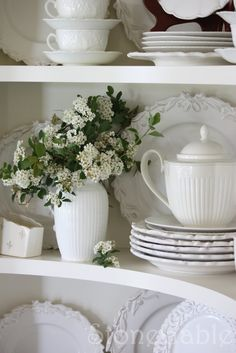 White dishes in a white china cabinet. Decor, White Cottage, Home N Decor, Dish Display, Autumn Table, Winter Table, Tablescapes, Summer Tables, White